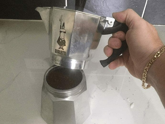 fitting the Moka Pot together